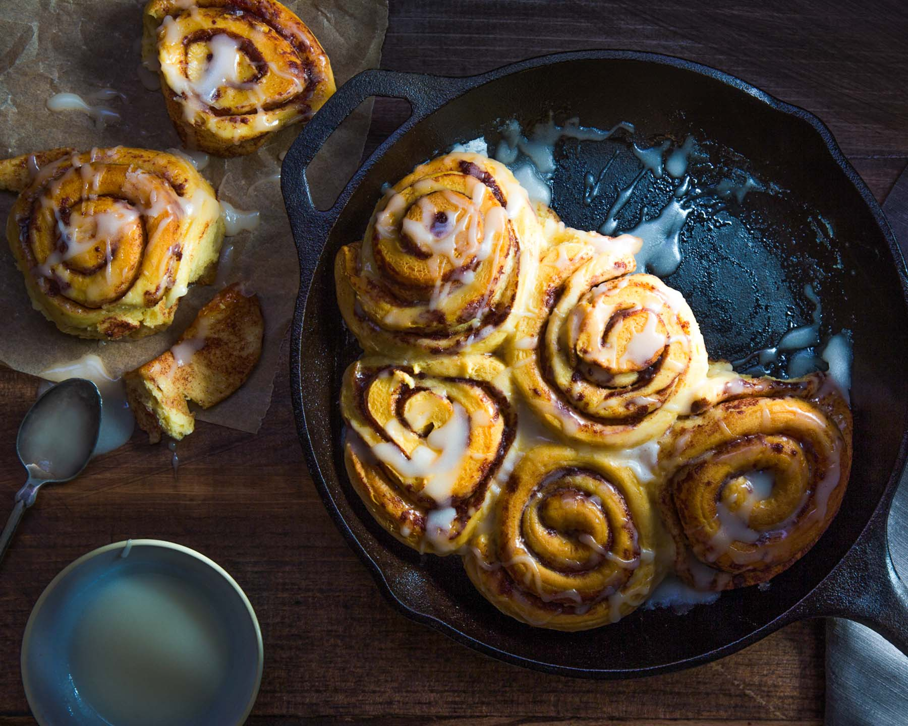 Cinnamon Buns in Cast Iron