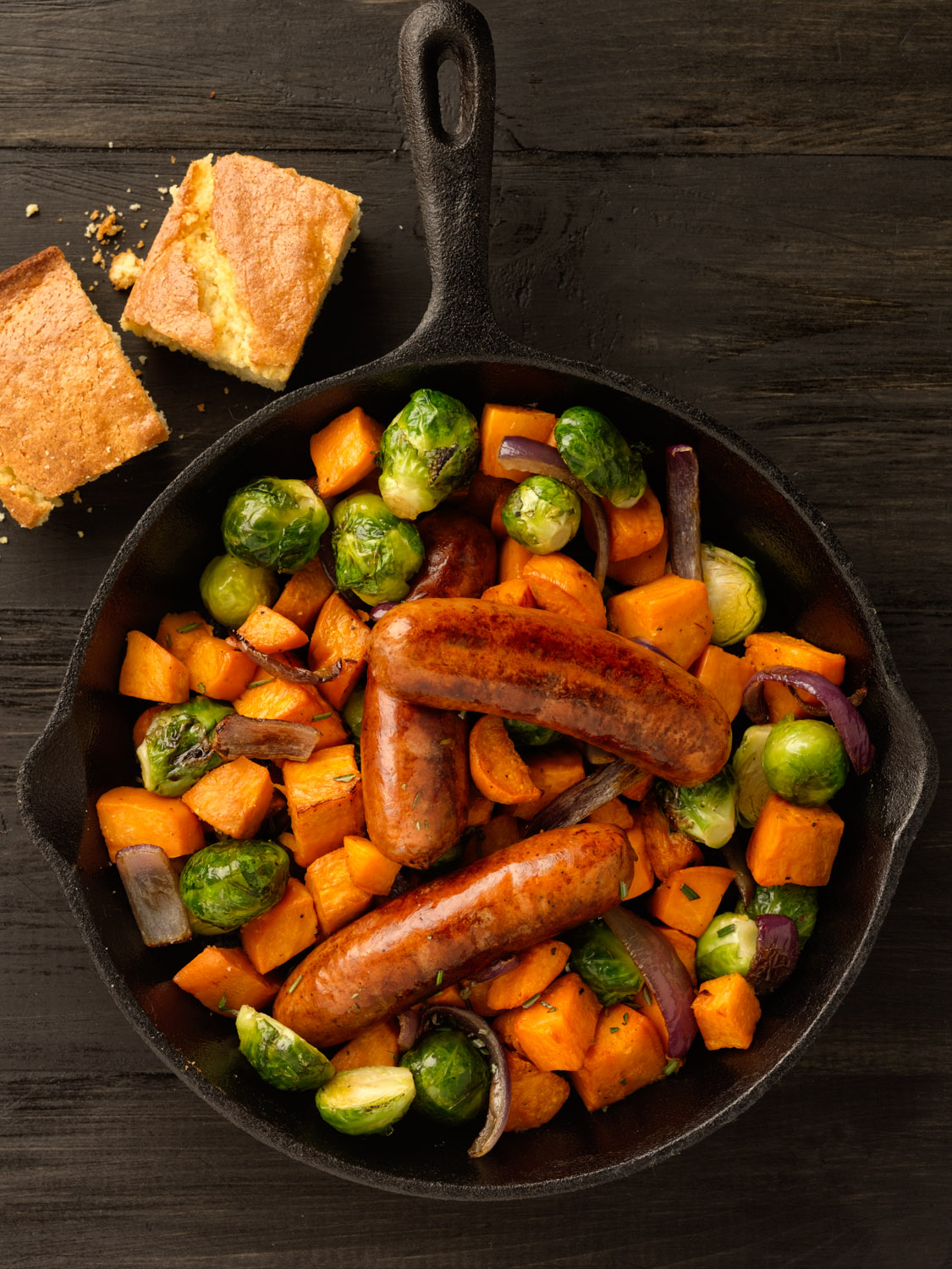 Skillet Sausages Food Photo