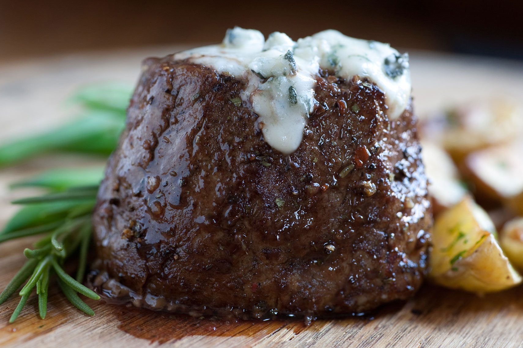 Steak with Blue Cheese Food Photo